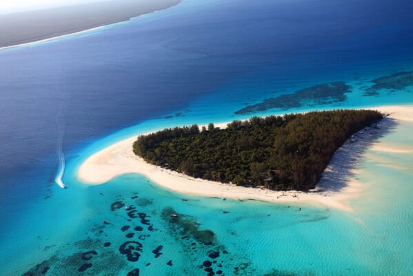 Tanzania zanzibar andBeyond mnemba island overhead family safari beach