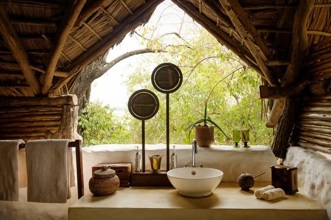 Tanzania Nyerere Sand Rivers Selous family safari bathroom