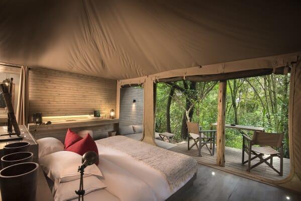 Kenya Masai Mara Kichwa Tembo Superior tent family safari