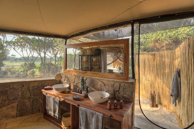 Tanzania Nyerere Roho ya selous family safari