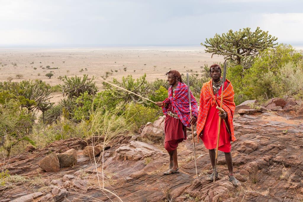 Kenya maasai tribespeople masai mara