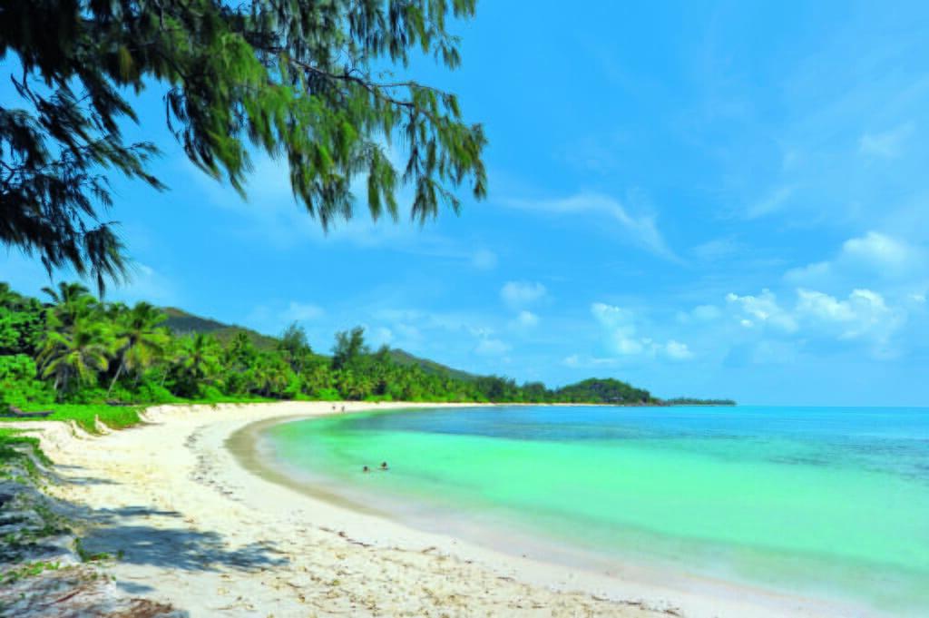 Praslin luxury family holidays Constance Lemuria beach