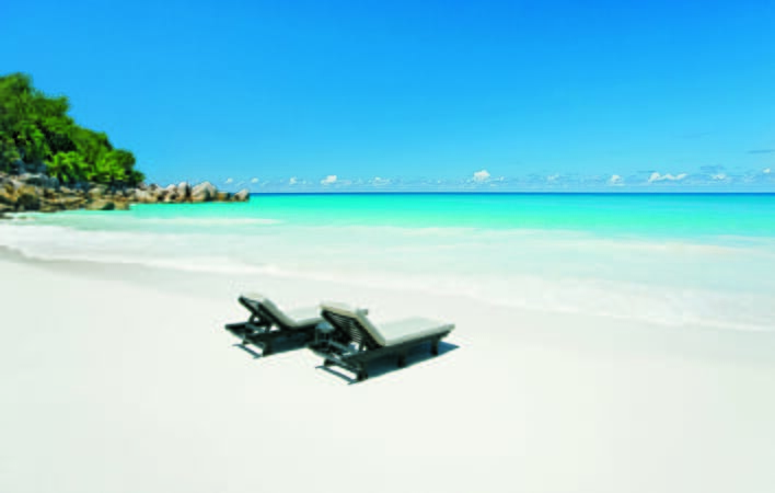 Constance Lemuria beach