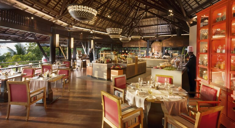 Legends restaurant Constance Lemuria