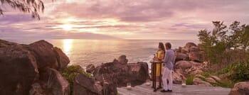 Constance Lemuria sundowner panorama