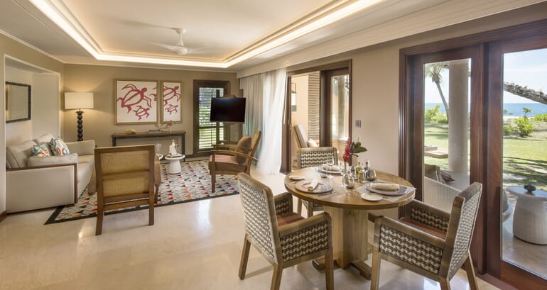 Senior suite dining lounge
