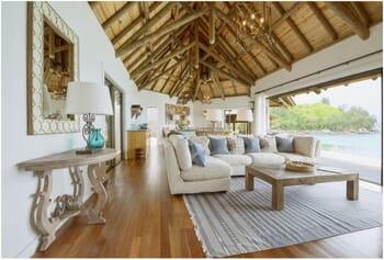 Sea Monkey Villa lounge