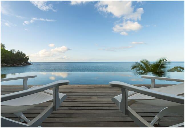 Sea Monkey Villa infinity pool loungers