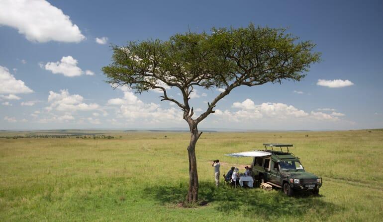 Kenya Masai Mara Elewana Sand River family safari