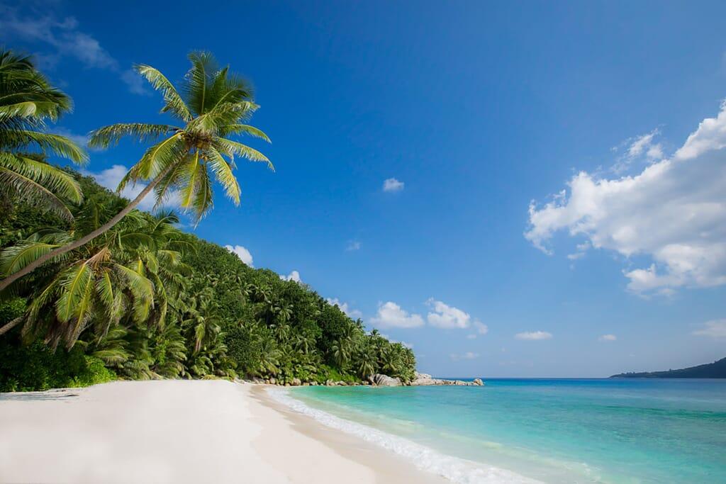 Six-Senses-Zil-Pasyon-Grand_Anse_Beach1_6519-LARGE.jpg?w=1024&h=683&scale