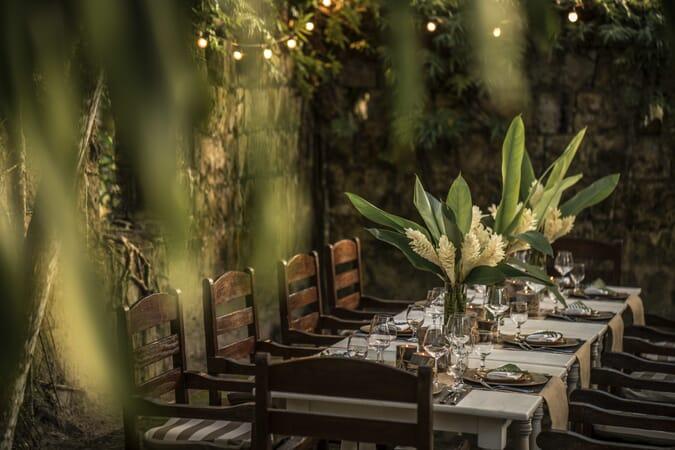 Four Seasons Resort Seychelles foumba dining