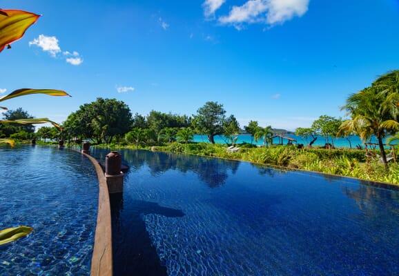 Raffles Seychelles pool view