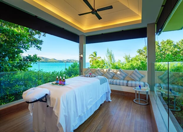 Raffles Seychelles outdoor spa