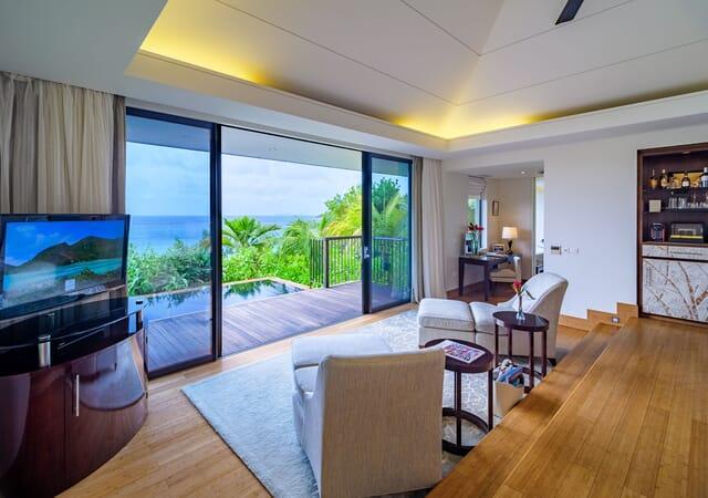 Raffles Seychelles twin room