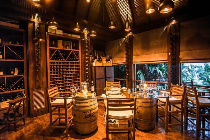Anantara Maia Seychelles villas interior