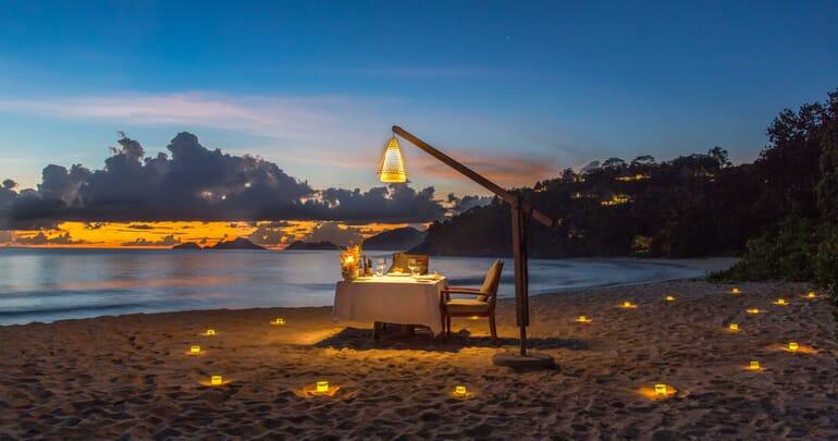 Anantara Maia Seychelles beach dining