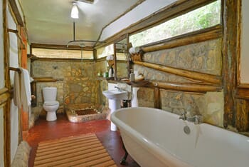 Uganda Buhoma Lodge bathroom