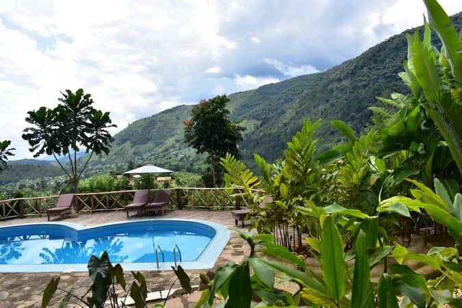 Trackers Safari Lodge Uganda pool