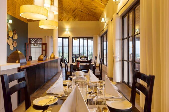 Elephant Plains Lodge dining room