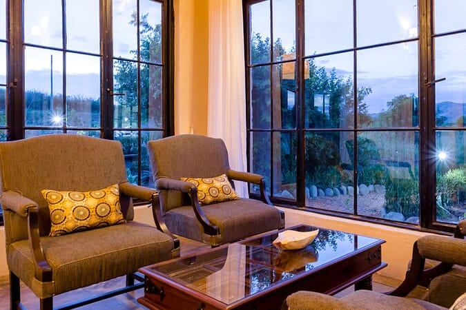 Elephant Plains Lodge lounge